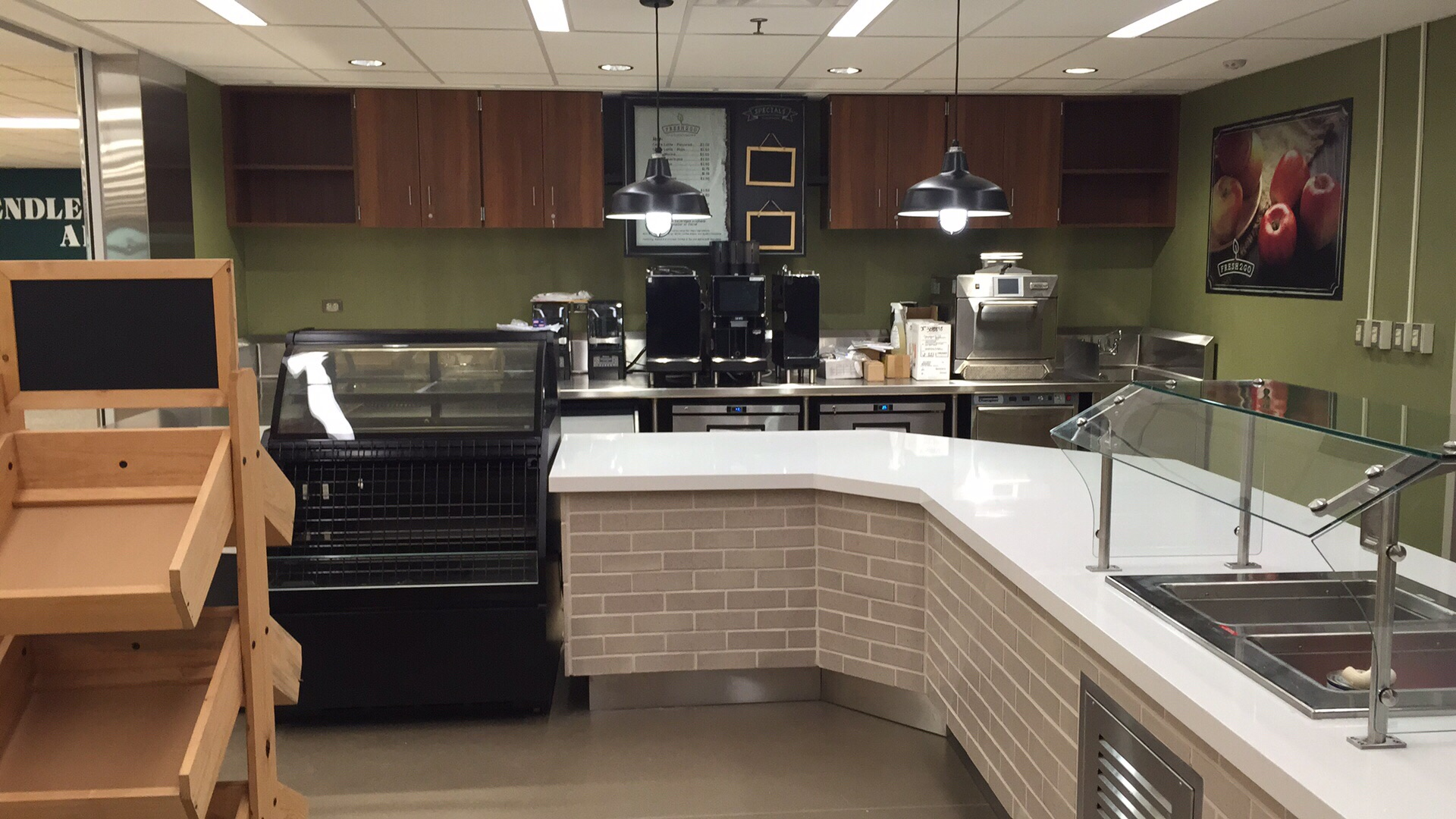 pendleton_heights_HS_cafe